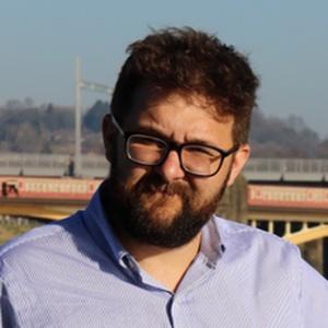 profile photo of Ryan Jones