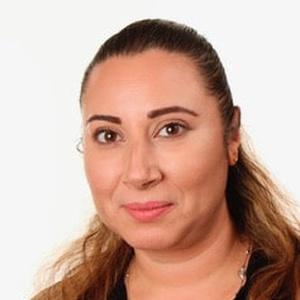 profile photo of Nadia Boujettef