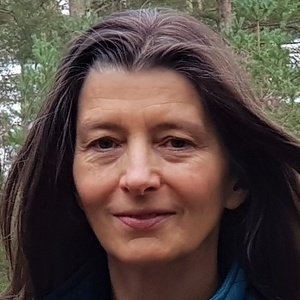 Photo of Ariane Burgess