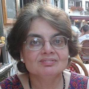 Photo of Julia Gasper