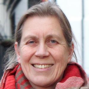 Photo of Julia Hilton