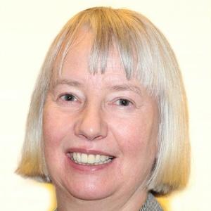 Photo of Liz Bell