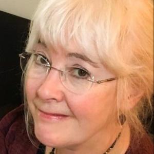 profile photo of Julia Shay