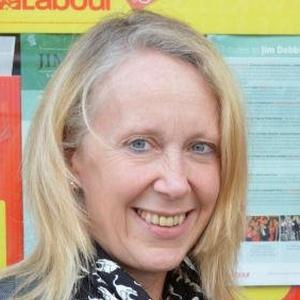 Photo of Liz McInnes