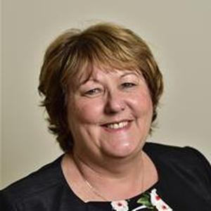 Photo of Julie McManus